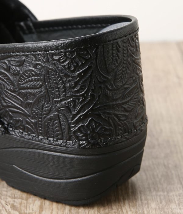 XP 2.0 Black Floral Tooled(A・ブラックフローラル)