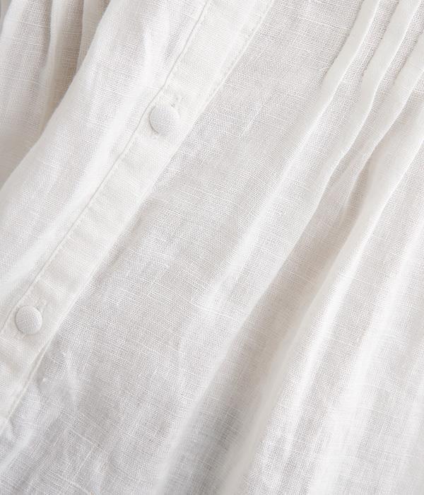 胸元多数ピンタック 襟・カウスレース付胡桃釦ブラウス(C・オフホワイト)